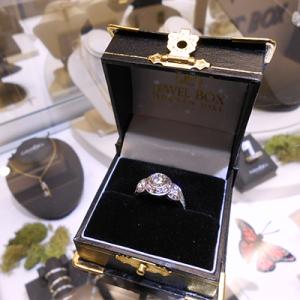 WOW! Call Quick on this Stunning Three-stone Diamond ring!