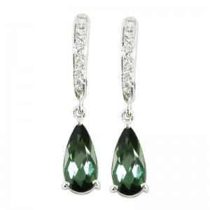 green_tourmaline_diamond_earring_dangle_jewelrystore
