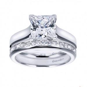 princess_cut_square_diamond_ring_band